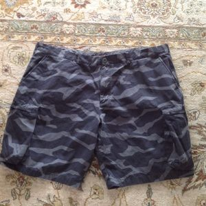 NIKE THE ATHLETIC DEPT CARGO SHORTS BLACK CAMO